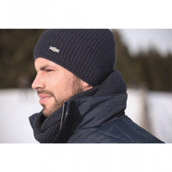 bonnet en laine trentino de kingston hkm porté par un homme