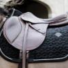 tapis de selle cheval kentucky basic velvet jumping cso equitation noir